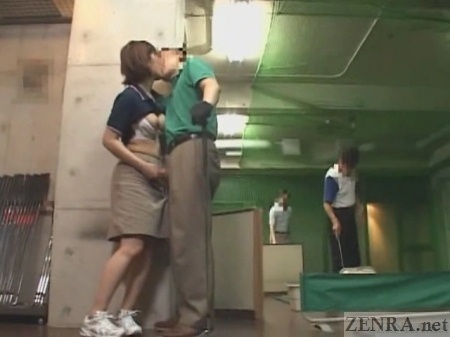 Japanese golf kissing with handjob