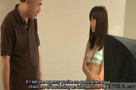 Cameraman talks to schoolgirl model about dreams
