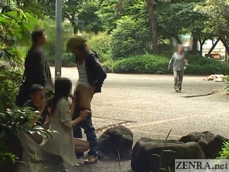 Public blowjob in park with audience