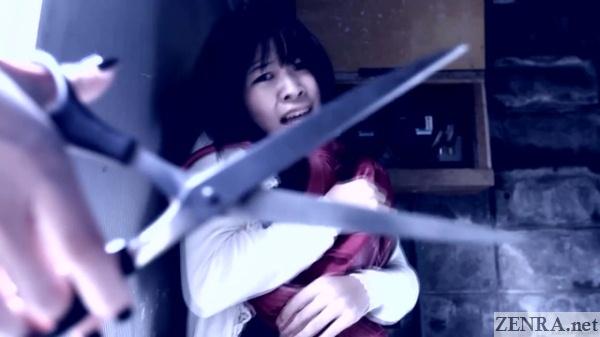 Saya Takazawa meets scissors