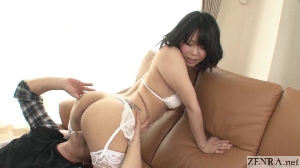 Mikan Kururugi bottomless cunnilingus in garter belt
