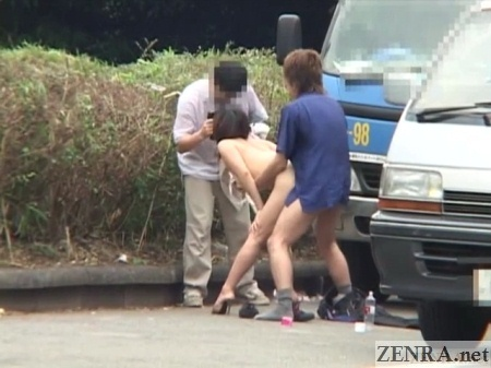 japanese girls fuck on the road