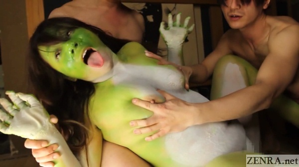 threesome with curvy japanese frog woman