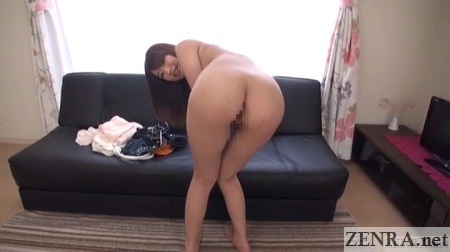 naked saki hatsumi bent over butt exposed