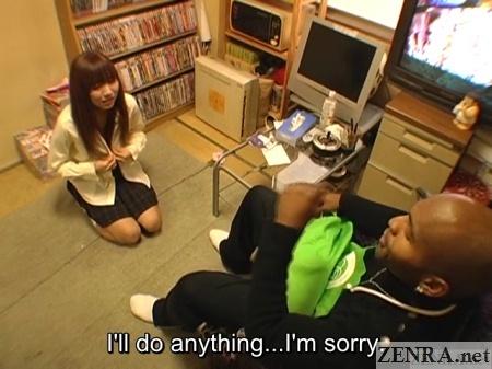 japanese schoolgirl apologizes to black manager