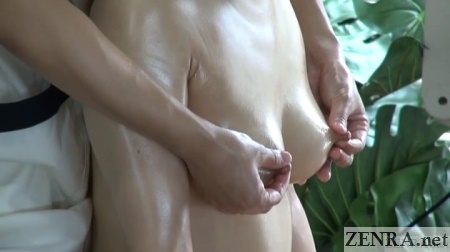 Doing a hot massage to a sexy blonde babe 2