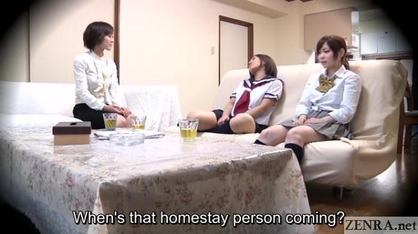 schoolgirls await homestay foreigner