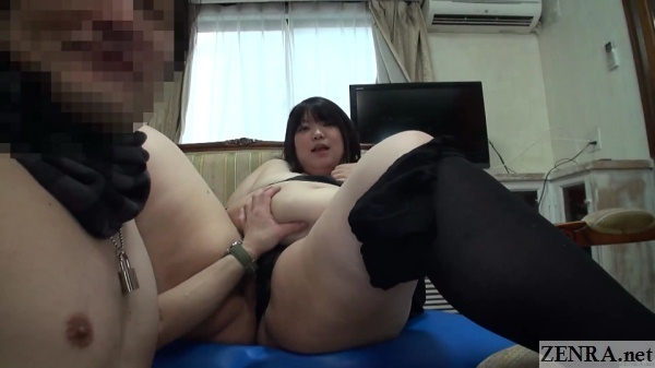gut of japanese amateur squeezed