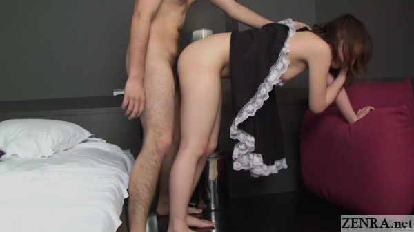 standing sex with pale japanese maid