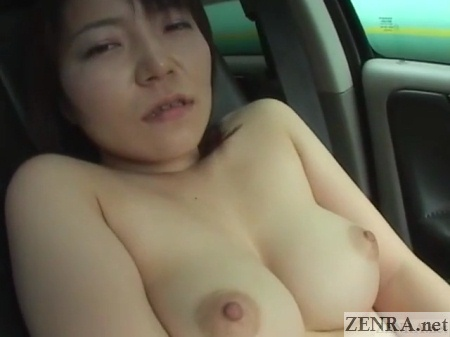 topless kei iwasaki big breasts squeezed together