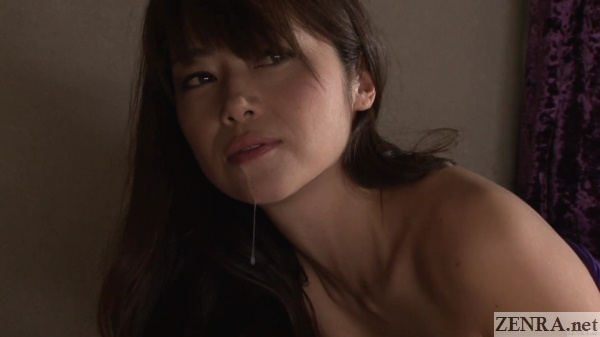 maki hojo with cum drool