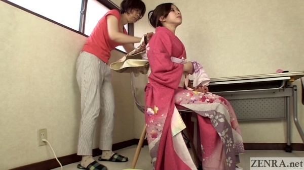 coming of age day kimono preparation