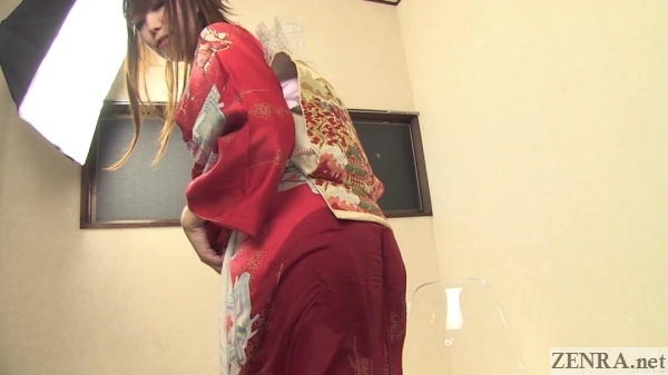 cute japanese amateur in pee soaked kimono