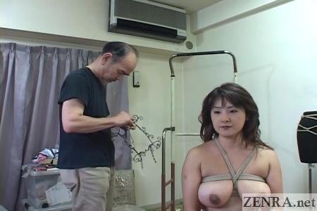 cmnf bizarre bondage event