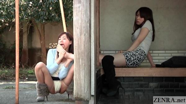 split view lesbian foot worship japan