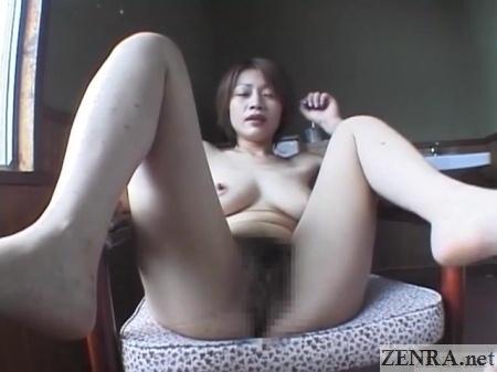 stark naked spread tomoda maki