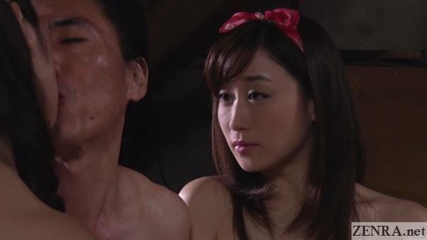 yuu kawakami watches maki hojo kiss client