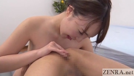 mana makihara plays with exposed anus