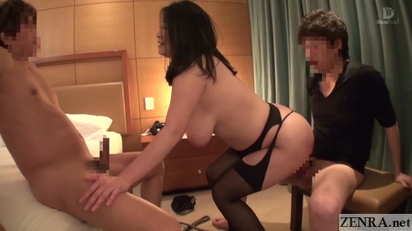 minako komukai mounts for bareback sex