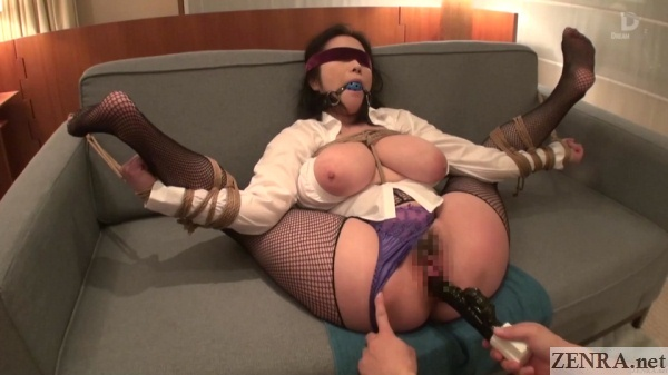 vibrator play for totally bound minako komukai