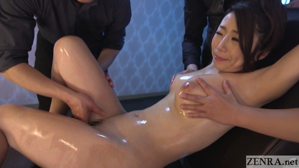 oiled up erotic massage for stark naked ayumi shinoda