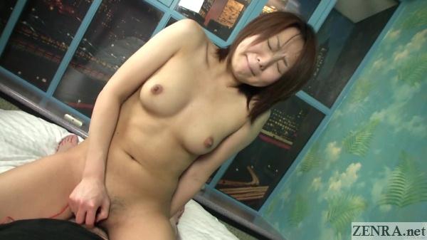 yuu shiraishi uses vibrator on herself during sex
