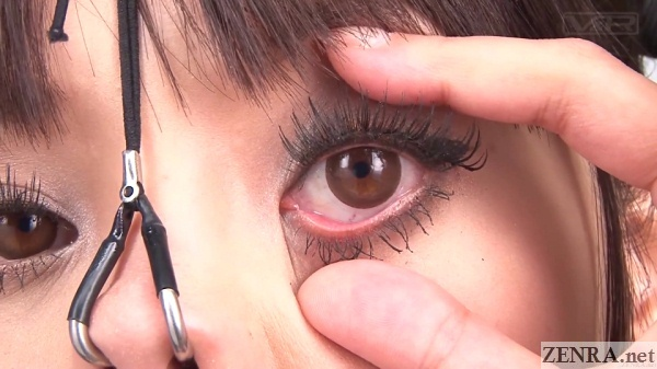 close up nose hooks rei mizuna eye wide open