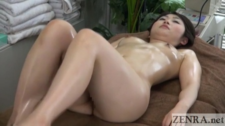 oiled up stripped female client for sensual massage