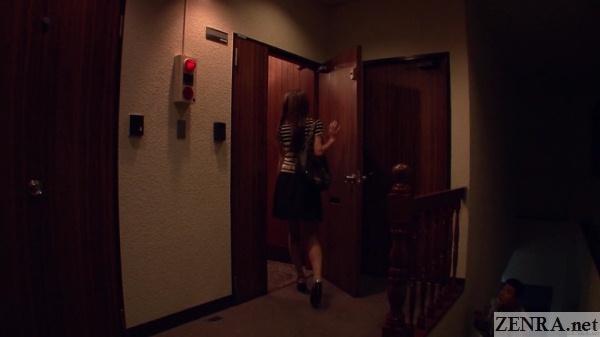 takeuchi nanako enters apartment