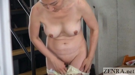 voyeur jav busty shaved mature woman changing