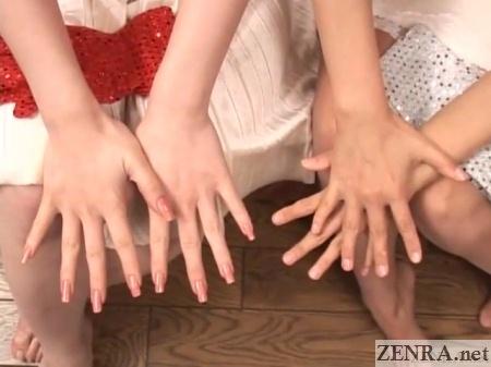 beautiful hands of japanese women who do av