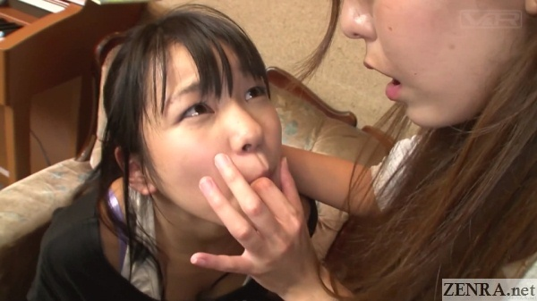 jav lesbian piano teacher and student finger in mouth
