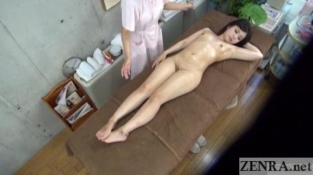 jav cfnf lesbian massage clinic overhead view