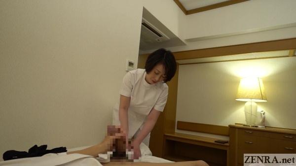 masturbating for mature japanese masseuse