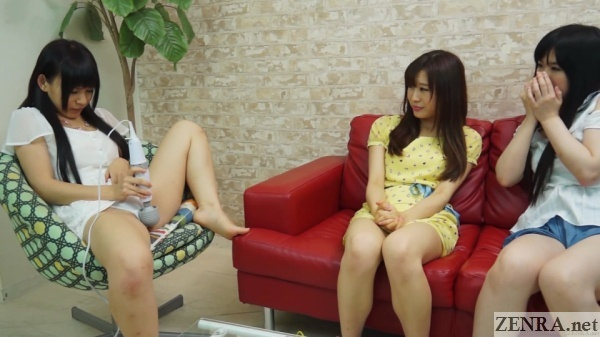 jav star marie konishi masturbates with audience