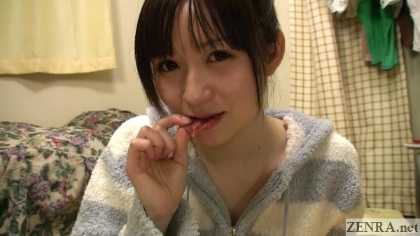 tsukino michiru eating snack