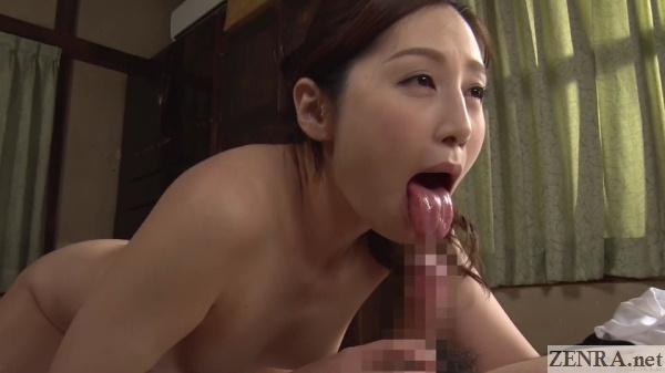 sasaki aki tongue out for blowjob