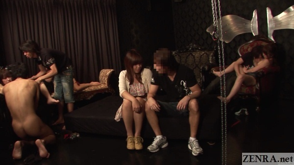 swapping club with amateur couple japan
